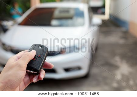 Open The White Car On Intelligent Key System.