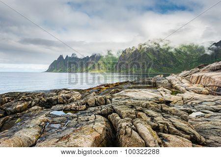Rock Davil's Jaw. Norwey,island Senja