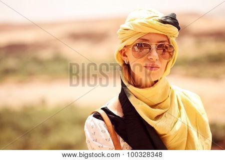 Beautiful Women Wearing Turban In Desert