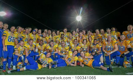 VIENNA, AUSTRIA - JUNE 6, 2014: Team Sweden poses for the team photo after winning the fifth place game.