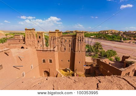 Fortified town of Ait ben Haddou near Ouarzazate on the edge of the sahara desert in Morocco, Africa