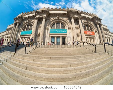 NEW YORK,USA- AUGUST 18,2015 : Visitors at The Metropolitan Museum of Art in Manhattan