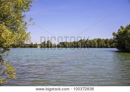 r peaceful island in France. Stay Beautiful lake with wateon a beautiful lake in ile de France