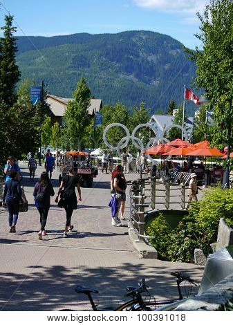 Village Stroll Whistler (3)
