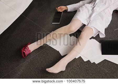 Lifeless Woman Lying On The Floor (imitation)