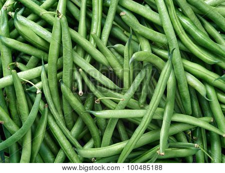 Green beans Raw fruit and vegetable backgrounds overhead perspective, part of a set collection of healthy organic fresh produce