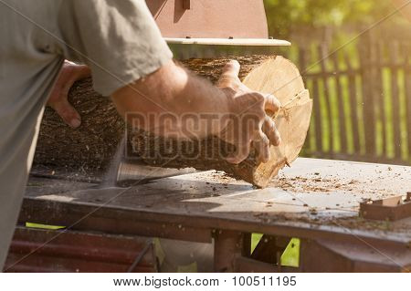 Outdoor Woodworking With Circular Saw