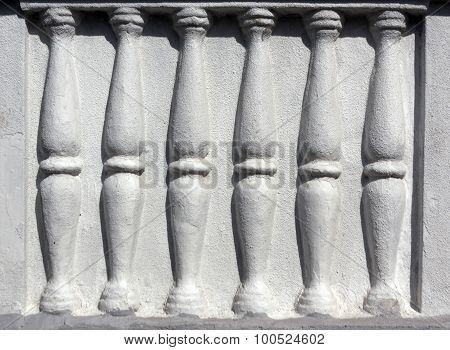 Column Barelief.