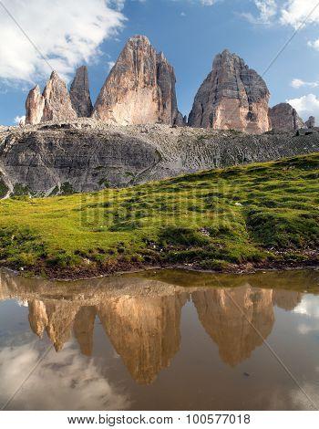 Drei Zinnen Or Tre Cime Di Lavaredo Mirroring In Lake