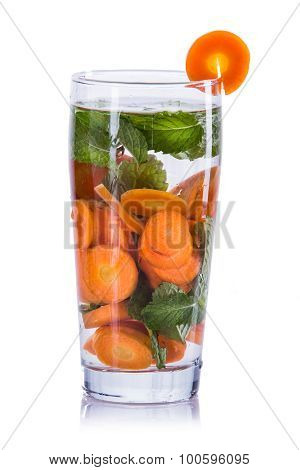 Infused Water Mix Of Carrot And Mint