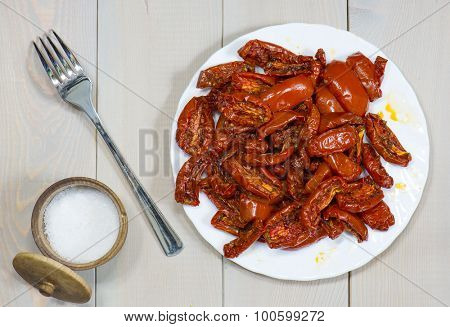 sun-dried tomatoes with olive oi