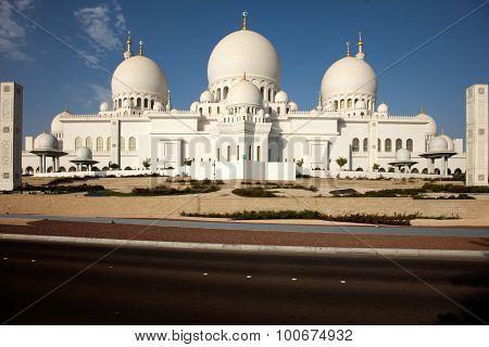 Zayed mosque Abu Dhabi United Arab Emirates