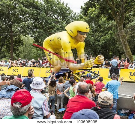 Lcl Yellow Cyclist Mascot - Tour De France 2015