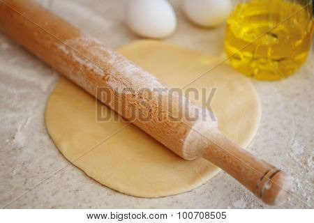 Preparing Pizza Dough And / Or Pasta, Dumplings, Ravioli, Dumplings