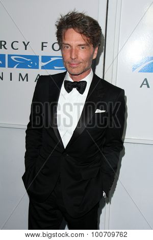 LOS ANGELES - AUG 29:  Richard Marx at the Mercy For Animals Hidden Heroes Gala at the Unici Casa on August 29, 2015 in Culver City, CA