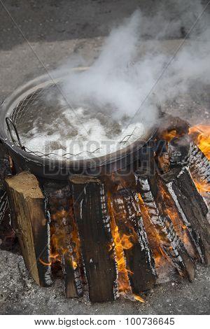 Campfiire - Fish Boil