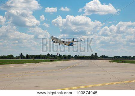 Ukraine International Airlines Boeing 767
