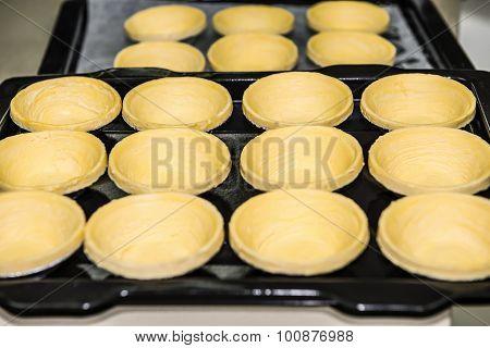 Making Egg Tarts