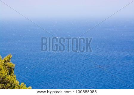 Windy Ocean Foradada