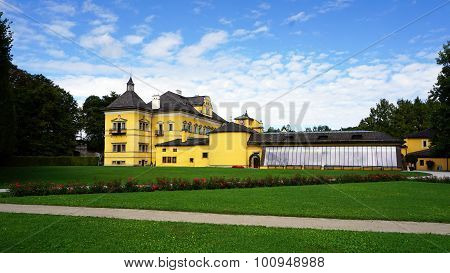 Hellbrunn Palace And The Park