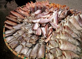 picture of fish  - Dried fish sale on fish market  - JPG