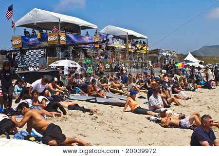 Nike Lower Pro 6.0 Surfing Competition