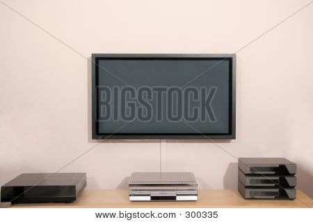 Plasma Tv Screen With Hifi