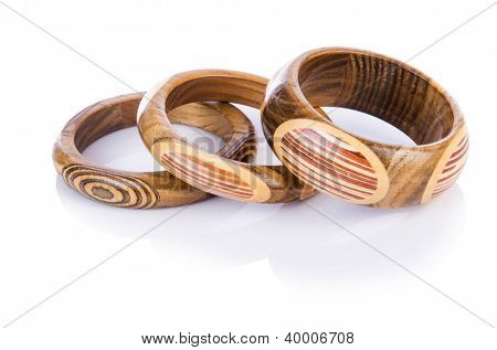 Holz Armband isolated on the white
