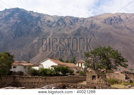 Ollantaytambo - Church And Ancillary Buildings