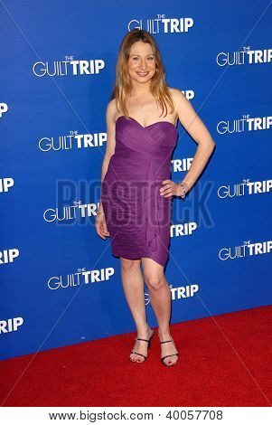 LOS ANGELES - DEC 11:  Vicki Goldsmith arrives to 'The Guilt Trip' premiere at Village Theater on December 11, 2012 in Westwood, CA