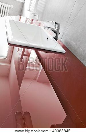 Red Lavabo Board