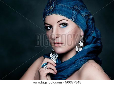 oriental fashion shoulder