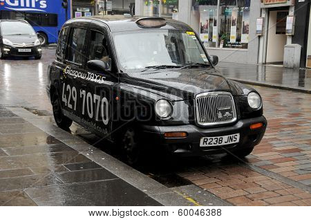Cab downtown Glasgow