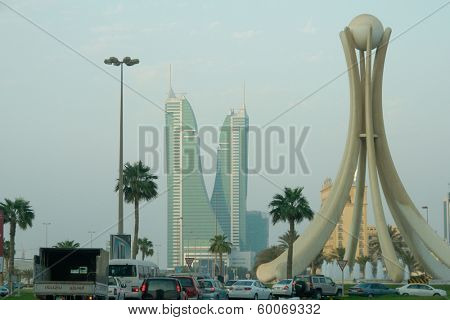 MANAMA, BAHRAIN - AUGUST 23, 2008: Pearl Monument. The Monument  was erected in 1982 during the third summit of the GCC and it was demolished by Government on March 18, 2011 on clashes with protesters