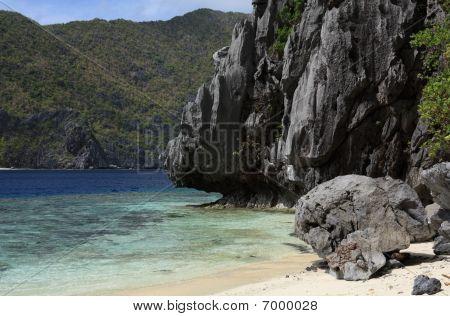 Tropica Island
