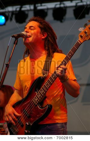 Paul De Lisle of Smash Mouth performing at Celebrate Fairfax, Fairfax,Va, 2007 –