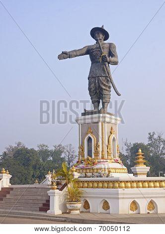 Statue Quai Fa Ngum In Vientiane