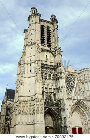 Gothic church of the Saint-Pierre-et-Saint-Paul Cathedral