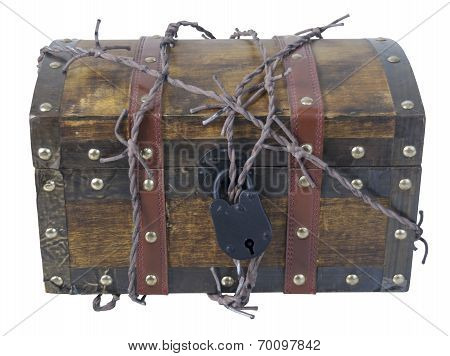 Traveling Trunk With Barbed Wire And Padlock
