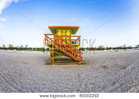 Life Guard Tower On South Beach, Miami In Sunset