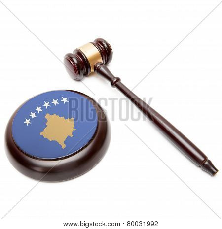 Judge Gavel And Soundboard With National Flag On It - Kosovo