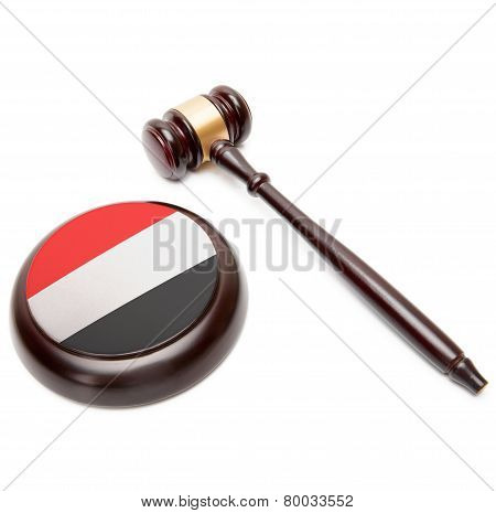 Judge Gavel And Soundboard With National Flag On It - Yemen