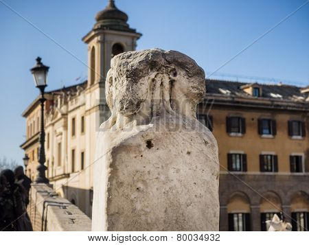 Four Heads Marble Pillars The Ponte Fabricio Bridge In Rome