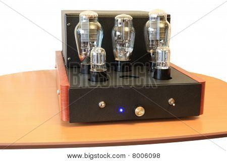 Vacuum Tube Amplifier On 300B Triodes