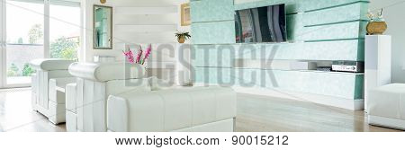 Modern Luxury Lounge