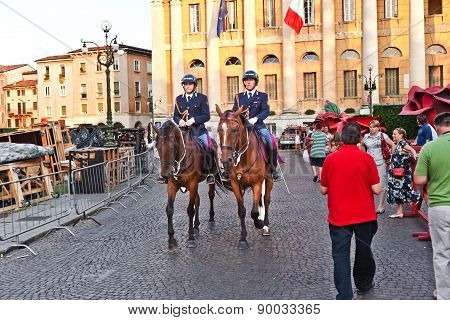 Police On Horses Are Watching And Helping The Spectators Entering The Arena Di Verona