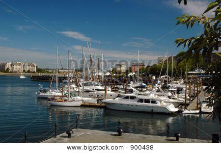Victoria'S Inner Harbour