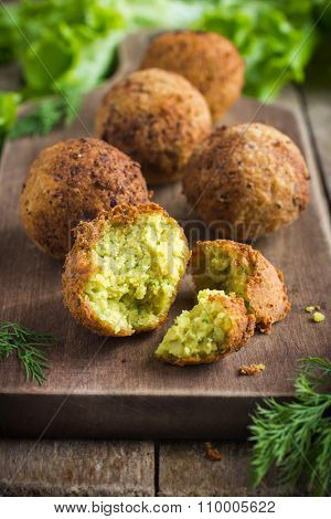 Vegetarian Falafel  With Tzatziki Sauce