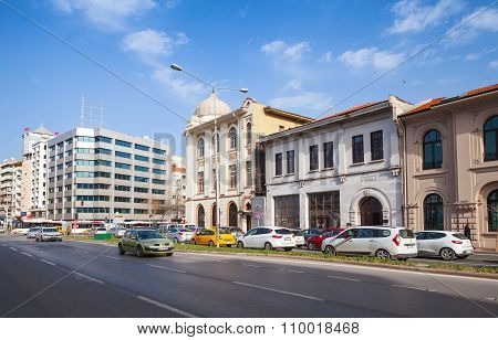 Cumhuriyet Blv, Street View. Izmir City