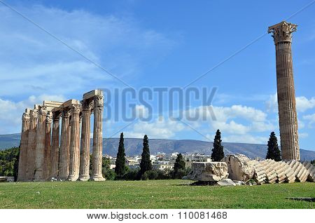 Ruins Of Temple Of Zeus In Athens Greece Photography